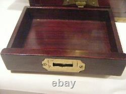 Antique Chinese Jade Jewellery Box Cabinete