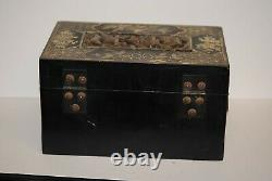 Chinese Export Carved Wooden JEWELRY TRINKET BOX BLACK LACQUER GOLD LEAF DECO