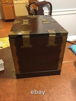 Chinese Jewelry Cosmetic Box with Mirror Wood Vintage Nice