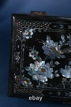 Chinese antique vintage jewelry box organizer asian black lacquer mother pearl