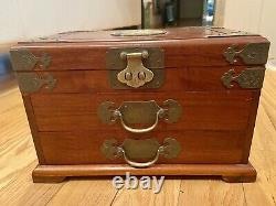 George Zee rosewood jewelry box, silk lined, three drawer with lock