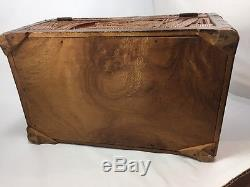 Hand-carved Relief ASIAN Camphor Wood Chest Trinket Jewelry Chinese Box
