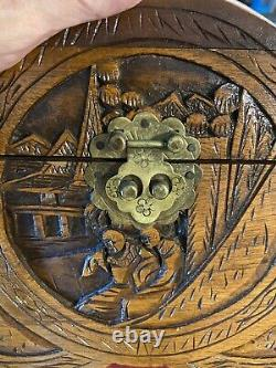 OUTSTANDING CHINESE HAND CARVED WOODEN JEWELRY CHEST BOX c1946 HONG KONG CHINA