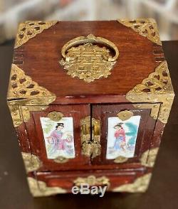 Vintage Chinese Oriental Jewelry Trinket Box Hand Painted Wood Antique Chests